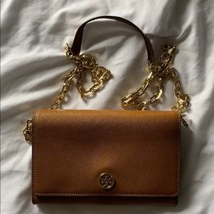 Tory burch brown with gold chain